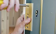 足立区梅田での家・建物の鍵トラブル
